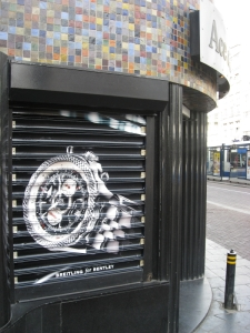 Ace & Spyer Jewelers with customized Breitling Shutter